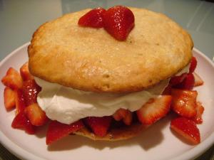Strawberry Shortcake With Filling