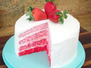 Strawberry Ombre Cake