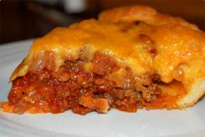 Hamburger Pie With American Cheese