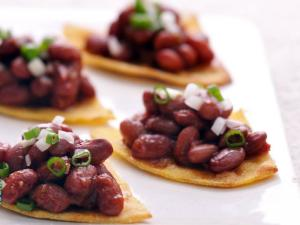 Baked Tortilla Chips With Tomato Bean Salsa By Tarla Dalal