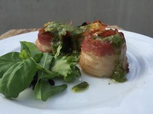 Scallop With Licorice Pesto