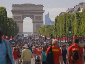 Organic Food Fair Turns The Champs Elysee