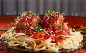 Spaghetti For A Crowd