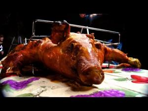 Cuban Lechn Asado Pig Roast In The La Caja China 1015013 By Smokyribs