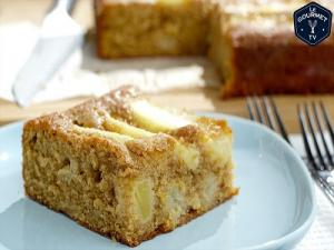 Apple And Ginger Cake