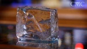 How To Make Clear Ice Cubes 1015765 By Commonmancocktails