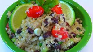 Healthy And Flavorful Quinoa Salad