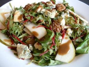 Pear And Blue Cheese Salad With Toasted Walnut Dressing