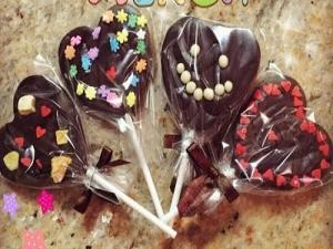 Heart Shaped Chocolate Lollipop