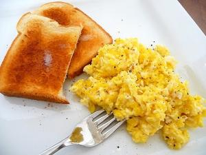 Easy Scrambled Eggs One Pot Chef