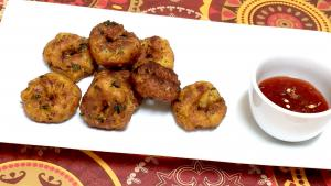 Leftover Daal Or Dahl Vadas Video Recipe Lentil Fritters 1018363 By Bhavnaskitchen