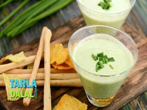 Spring Onion And Curd Dip