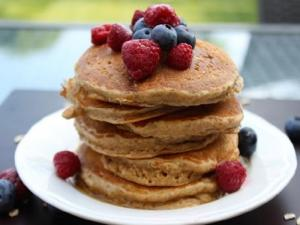 How To Make Fluffy Oatmeal Pancakes