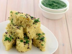 Soya Khaman Dhokla Pregnancy Protein Iron Rich Recipe By Tarla Dalal