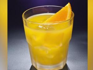 Easy 2 Ingredient Summer Cocktails