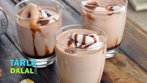 Nutella Ferrero Rocher Milkshake 1019833 By Tarladalal