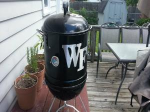 Seasoning The Mini Wsm First Look At My Mini Weber Smokey Mountain Build