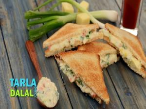 Cheese Spring Onion Sandwich