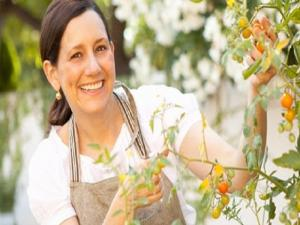 Interview With Beth From Entertaining With Beth Phenomenal Foodies 10