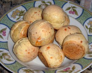 Hot Cheese Puffs