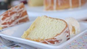 Southern Five Flavor Pound Cake 1019255 By Divascancook