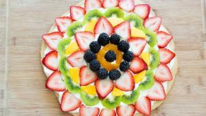 Fruit Pizza Recipe Easy And Fun Dessert 1016124 By Fifteenspatulas