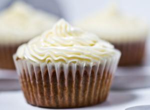 Honey Egg White Frosting