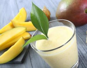 Refreshing Mango Smoothie