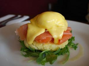 Easy Mock Hollandaise Sauce