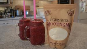 How To Make Tiger Nut And Berry Smoothies 1019389 By Cookingwithkimberly