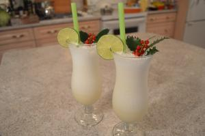 How To Make Santa Claus Melon Smoothies Christmas In July 1017969 By Cookingwithkimberly