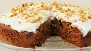 Carrot Cake With Creamy Frosting 1006439 By Videojug