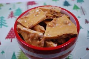 Crunchy Peanut Brittle