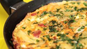 How To Make Spanish Chorizo Tortilla 1005890 By Videojug