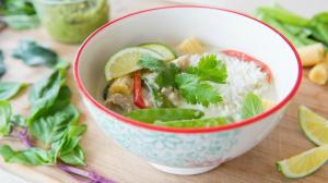 Thai Green Curry Recipe With Chicken 1015248 By Fifteenspatulas