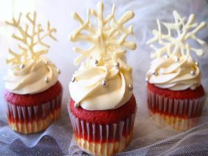 Cheesecake Red Velvet Cupcakes