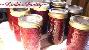Raspbanero Pepper Jelly