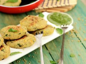 Chick Pea And Soya Tikki Healthy Heart Low Cholesterol Snack By Tarla Dalal