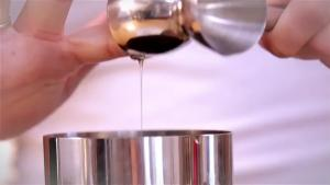 How To Make The Honey And Thyme Sour 1011111 By Fexymedia