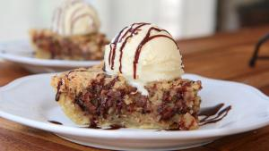 Deep Dish Chocolate Chip Cookie Pie 1016614 By Divascancook