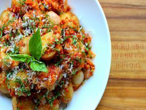 Un Dried Tomato And Almond Pesto Potato Salad Stevescooking