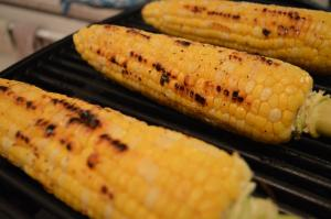 How To Grill Cornonthecob With Lavender Oil 1017963 By Cookingwithkimberly