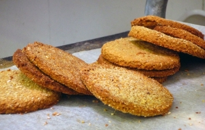 Cinnamon Oat Cakes