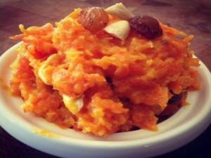 Easy Carrot Halwa Gajrela Recipe Easy Indian Dessert Idea Carrot Pudding