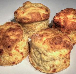 Rich Cheese Scones