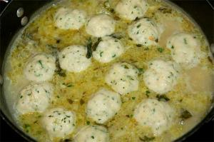 Basil And Cheese Dumplings