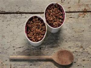 Gluten Free Pear And Blackberry Crumble