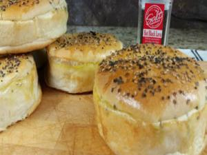 Salt And Pepper Hamburger Bun