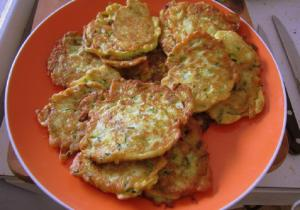 Moms Best Zucchini Fritters
