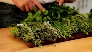 Easy Cooking Tips For Men How To Cook With Fresh Herbs 1011099 By Fexymedia